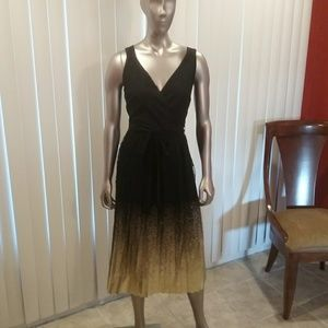 NWT Sleeveless Blk Lace &Gold 8 Dress Final Price
